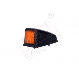 Corner side marke light (orange).